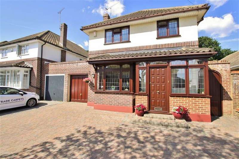 3 Bedrooms House for sale in Woodside, Leigh-On-Sea, Essex