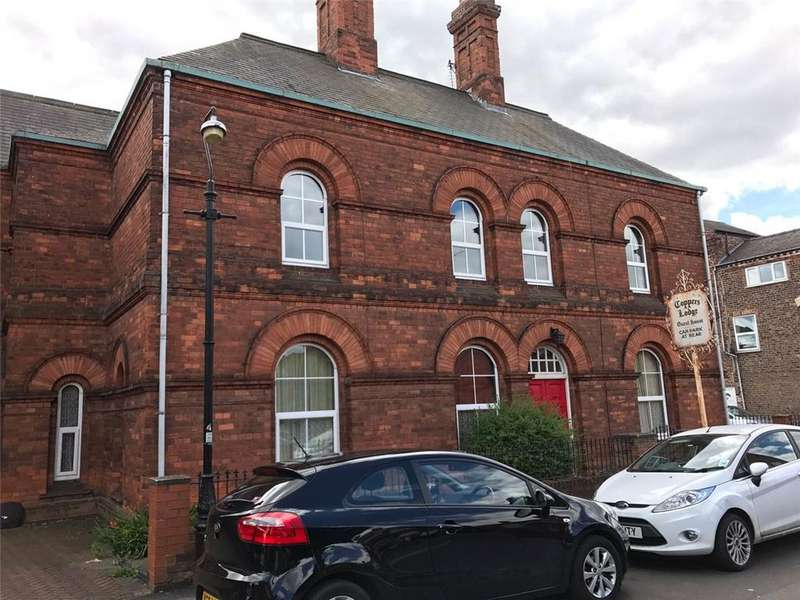 House for sale in Alma Terrace, York, YO10
