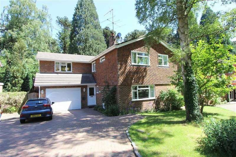 5 Bedrooms Detached House for sale in Redwood Glade, Leighton Buzzard