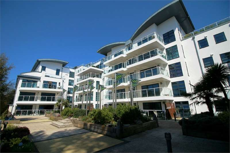 3 Bedrooms Flat for sale in Boscombe Spa Road, Boscombe, Bournemouth, Dorset