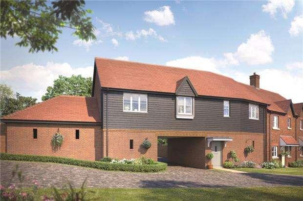 3 Bedrooms Parking Garage / Parking for sale in Woodhurst Park, Warfield, Berkshire