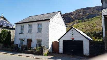 4 Bedrooms Detached House for sale in Manod Road, Blaenau Ffestiniog, Gwynedd, LL41