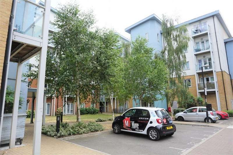 2 Bedrooms Flat for sale in Foundary Court, Slough, Berks