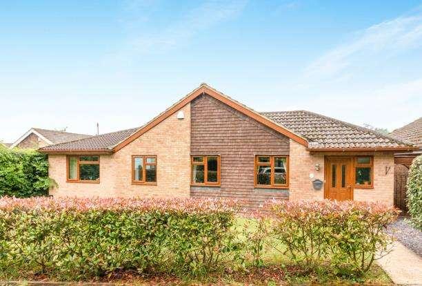 5 Bedrooms Bungalow for sale in Oakley, Basingstoke, Hampshire