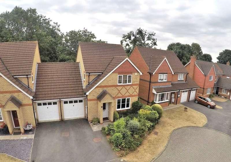 3 Bedrooms Link Detached House for sale in Deep Spinney, Biddenham