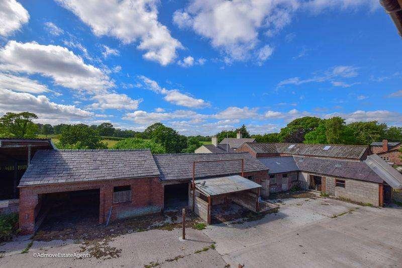 House for sale in Farm - Massey Brook Lane, Lymm, WA13