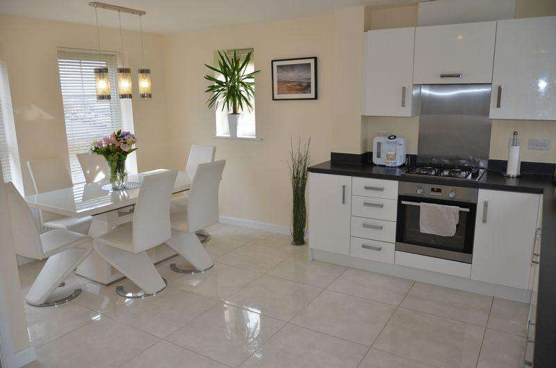 3 Bedrooms Detached House for sale in Messenger Road, Smethwick