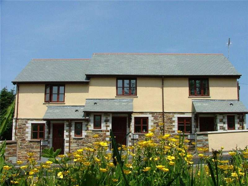 2 Bedrooms Terraced House for sale in Juliots Well, Camelford, Cornwall