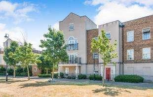 3 Bedrooms Flat for sale in Liverymen Walk, Ingress Park, Greenhithe, Kent
