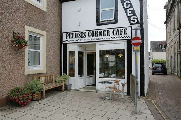 3 Bedrooms Flat for sale in Market Place High Street, Langholm, Dumfries and Galloway