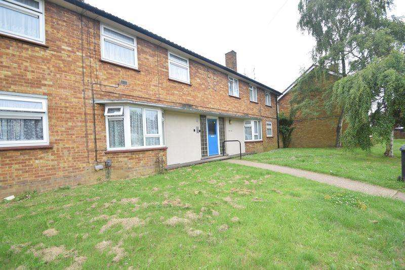 2 Bedrooms Flat for sale in Hitchin Road, Luton