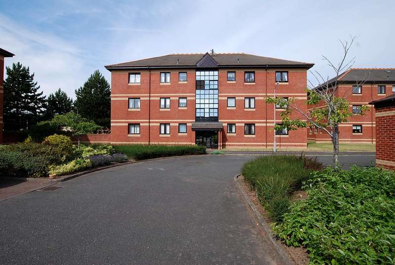 2 Bedrooms Ground Flat for sale in Flat C, 3 Monkton Court, PRESTWICK, KA9 1EN
