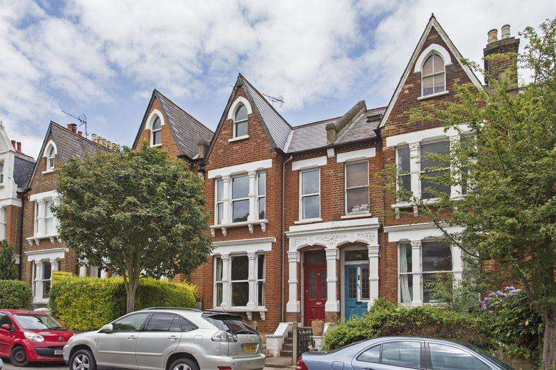 4 Bedrooms Terraced House for sale in Dresden Road, Whitehall Park Conservation Area, London, N19