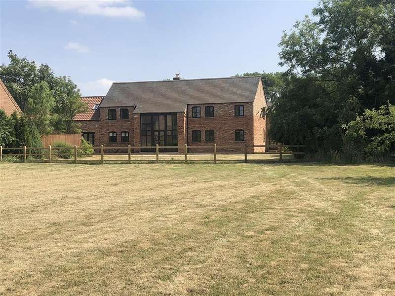 4 Bedrooms Detached House for sale in Clay Lane, Breighton, Nr Selby, YO8