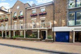5 Bedrooms Terraced House for sale in Coral Row, Plantation Wharf, Battersea, London