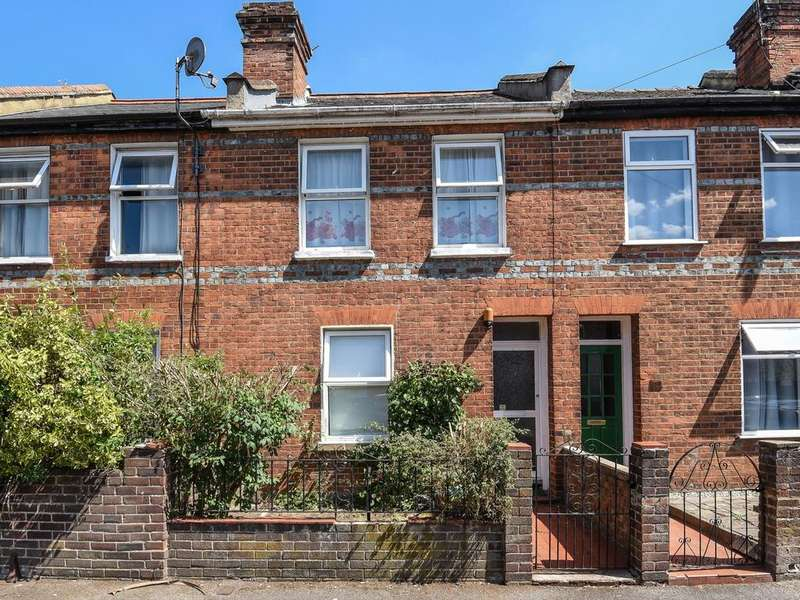 3 Bedrooms Terraced House for sale in Chester Street, Reading, RG30