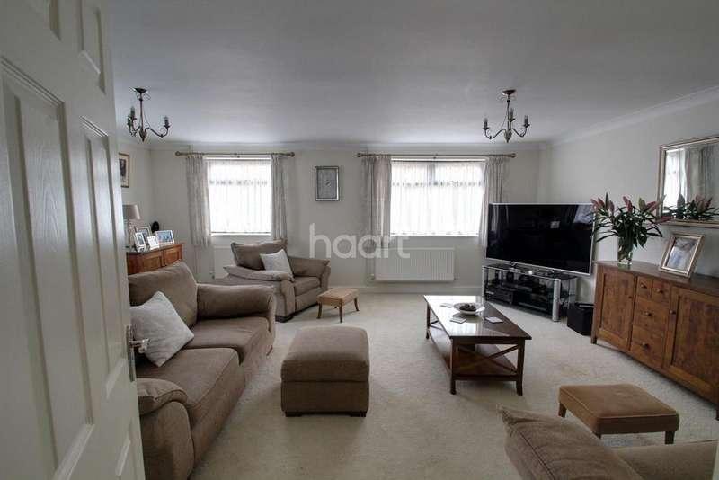 3 Bedrooms Bungalow for sale in Peterborough