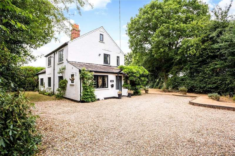 4 Bedrooms Detached House for sale in Crays Pond, Reading, Oxfordshire