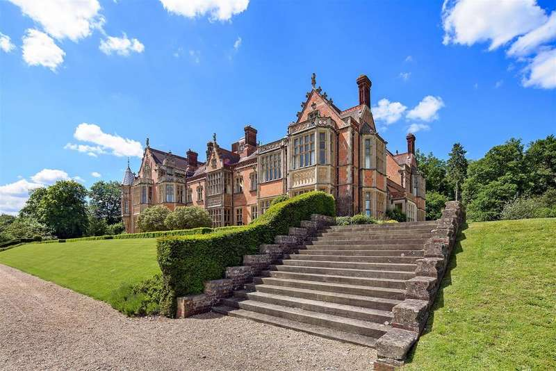 4 Bedrooms Flat for sale in Wyfold Court, Kingwood, Henley-on-Thames