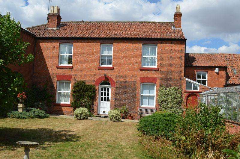 4 Bedrooms Semi Detached House for sale in Grange Lane, WILLINGHAM BY STOW