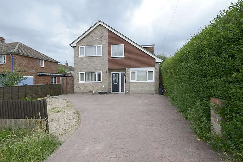 5 Bedrooms Detached House for sale in Sagecroft Road, Thatcham, Berkshire, RG18