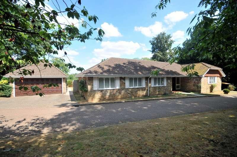 4 Bedrooms Detached Bungalow for sale in Godalming