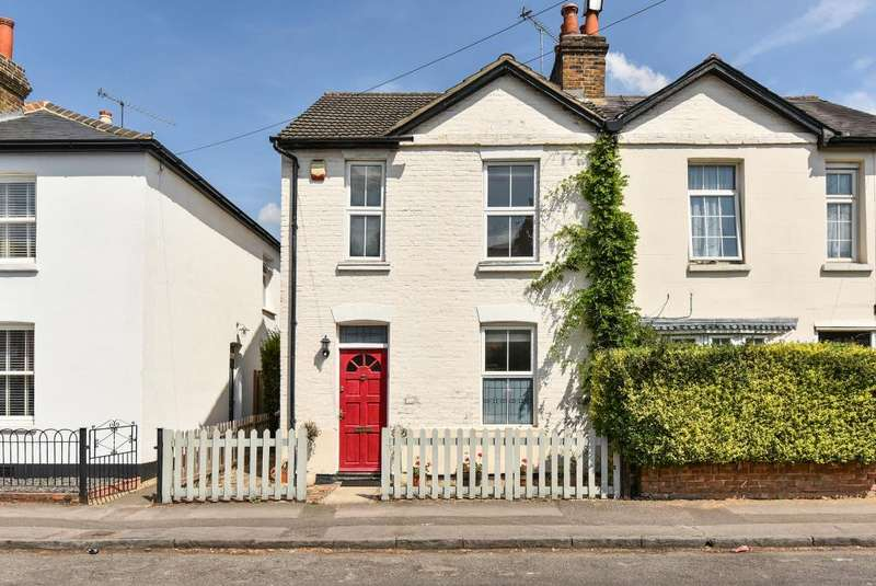 2 Bedrooms House for sale in Risborough Road, Maidenhead, SL6