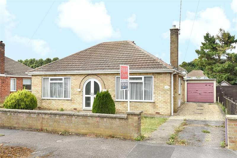 2 Bedrooms Detached Bungalow for sale in Windsor Drive, Spalding, PE11