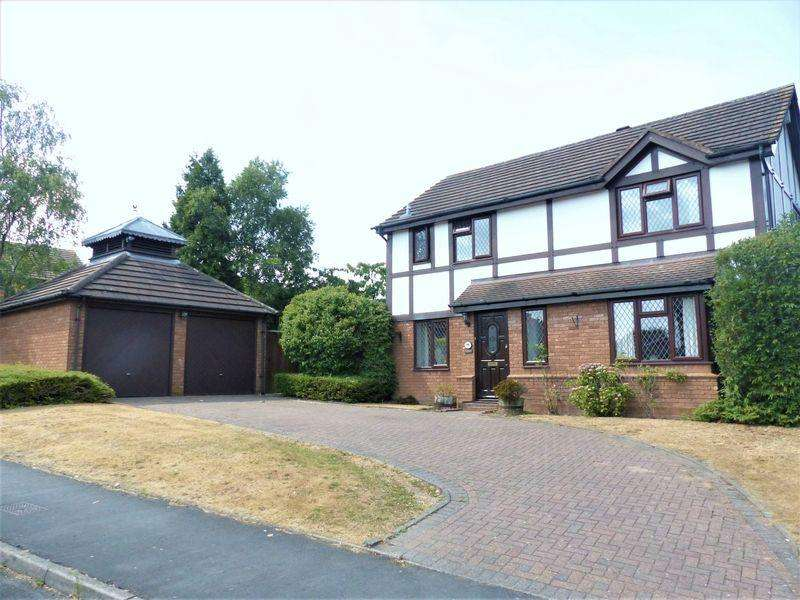 4 Bedrooms Detached House for sale in Calder Drive, Sutton Coldfield