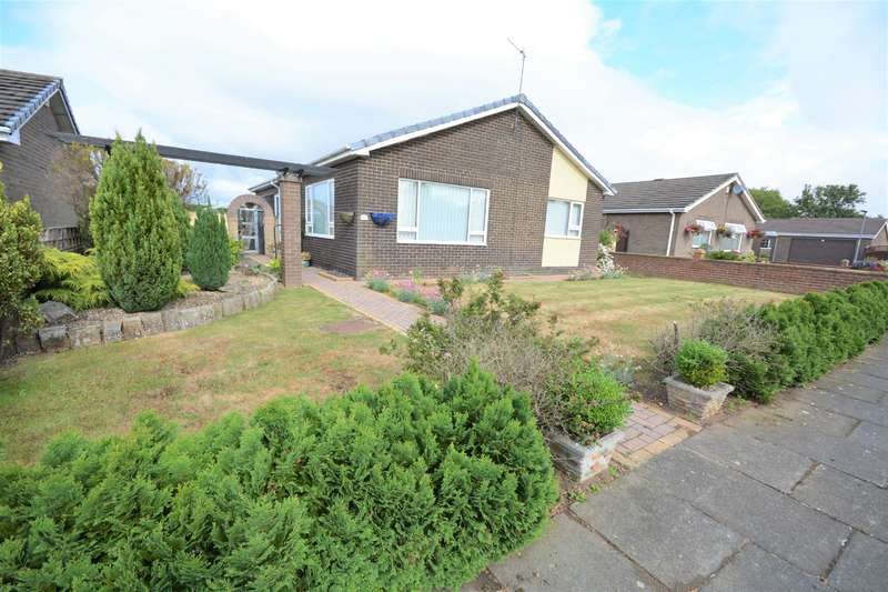 2 Bedrooms Bungalow for sale in Westerdale Gardens, Shildon, DL4 2LU