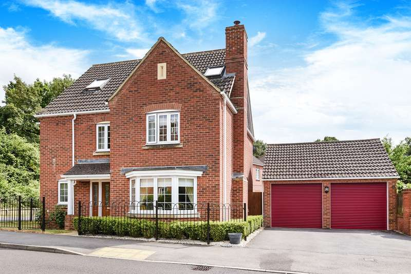 5 Bedrooms Detached House for sale in Causton Road, Beggarwood, Basingstoke, RG22