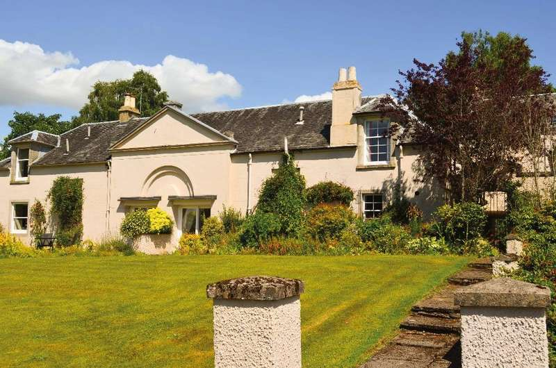 3 Bedrooms Semi Detached House for sale in Camis Eskan Coach House , Helensburgh, Argyll Bute, G84 7JZ