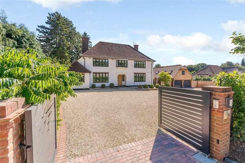 5 Bedrooms Detached House for sale in Burtons Way, Little Chalfont, Buckinghamshire, HP8