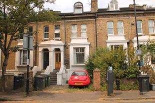 1 Bedroom Maisonette Flat for sale in Cressingham Road, London