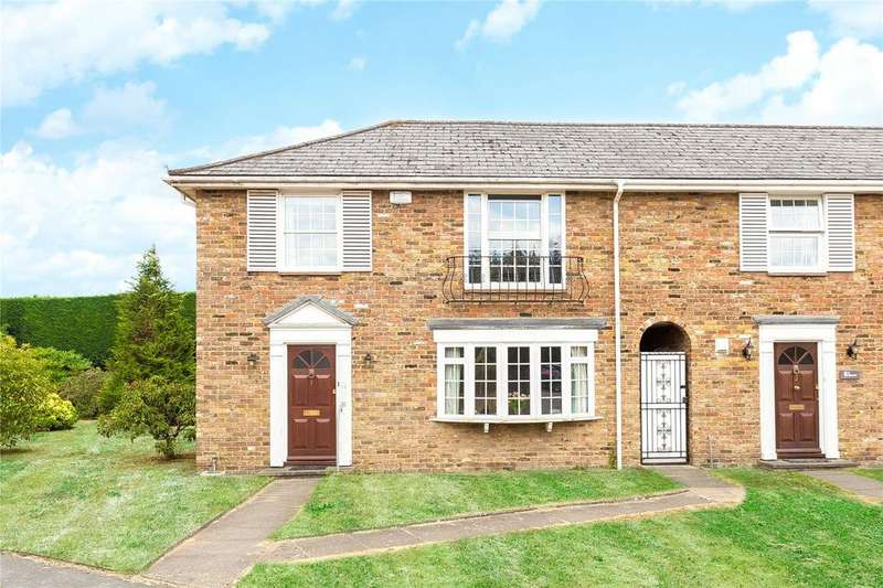 3 Bedrooms Detached House for sale in West Common Close, Gerrards Cross, Buckinghamshire