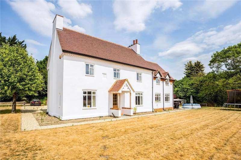 4 Bedrooms Detached House for sale in Magpie Lane, Coleshill, Amersham, Buckinghamshire, HP7