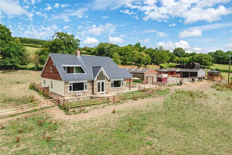 4 Bedrooms Equestrian Facility Character Property for sale in Trefeglwys, Caersws, Powys