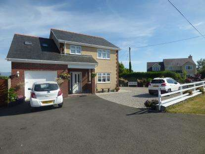 4 Bedrooms Detached House for sale in Brynteg, Benllech, Anglesey, Sir Ynys Mon, LL78