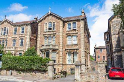 2 Bedrooms Flat for sale in Pembroke Road, Clifton, Bristol