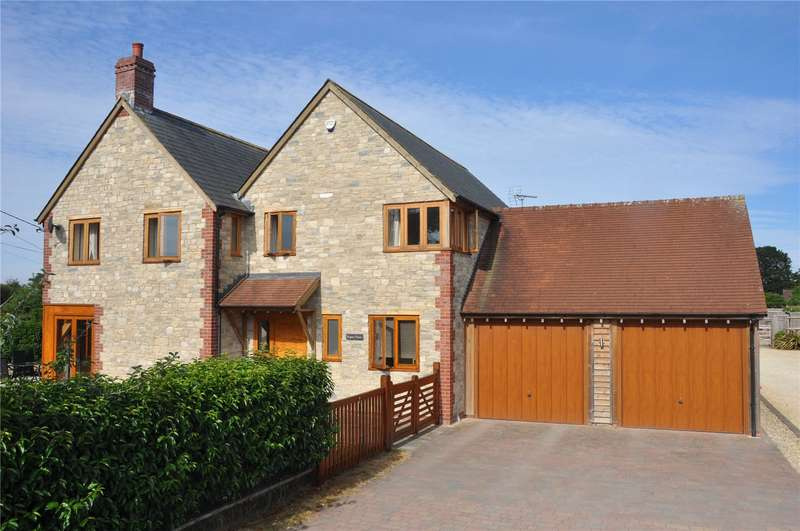 4 Bedrooms Detached House for sale in Southbrook, Mere, Warminster, Wiltshire, BA12