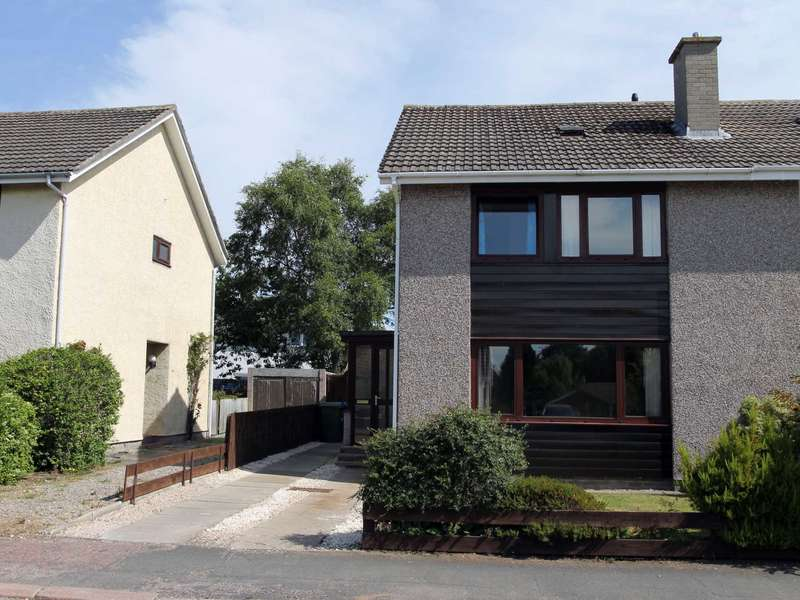 3 Bedrooms Semi Detached House for sale in Beech Avenue, Nairn