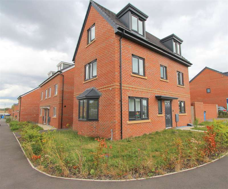 4 Bedrooms Detached House for sale in Princess Drive, Huyton, Liverpool