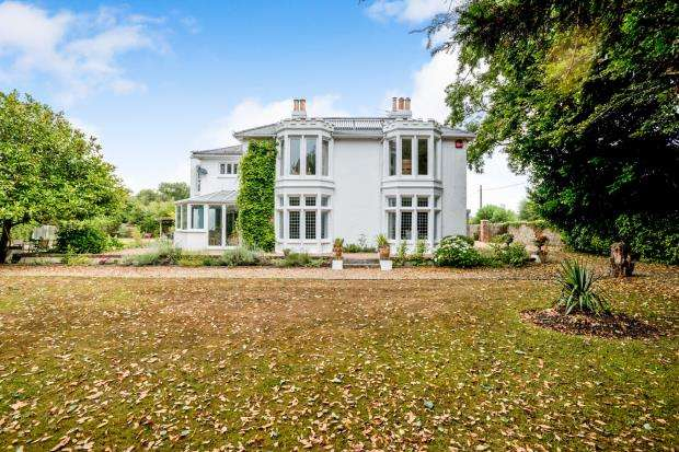 7 Bedrooms Detached House for sale in Emsworth, Hampshire, .