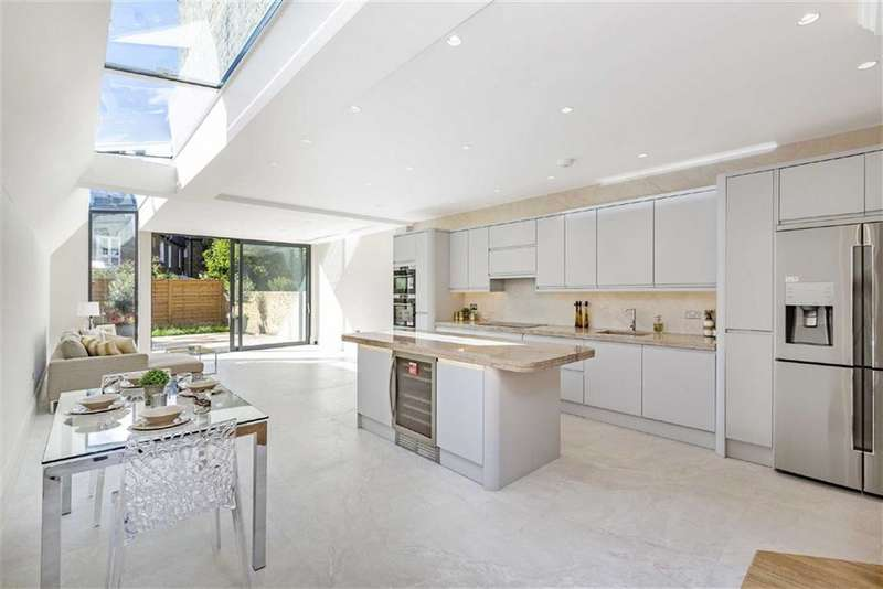 5 Bedrooms Terraced House for sale in Queensmill Road, Fulham, London, SW6