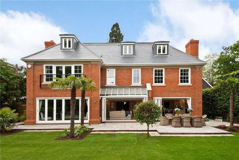 7 Bedrooms Detached House for sale in Water Lane, Cobham, Surrey, KT11