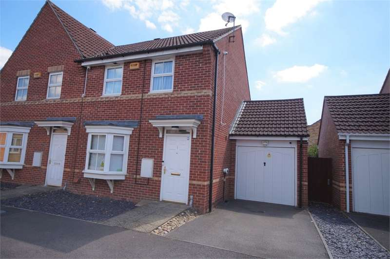 2 Bedrooms Semi Detached House for sale in Scobell Close, Shinfield, READING, Berkshire