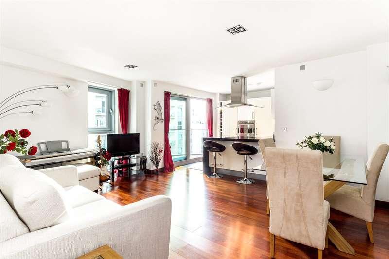 2 Bedrooms Flat for sale in Vicentia Court, Bridges Court Road, Battersea, London, SW11