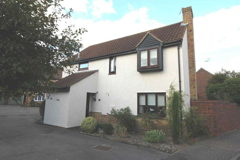 4 Bedrooms Detached House for sale in Augustus Way, Witham
