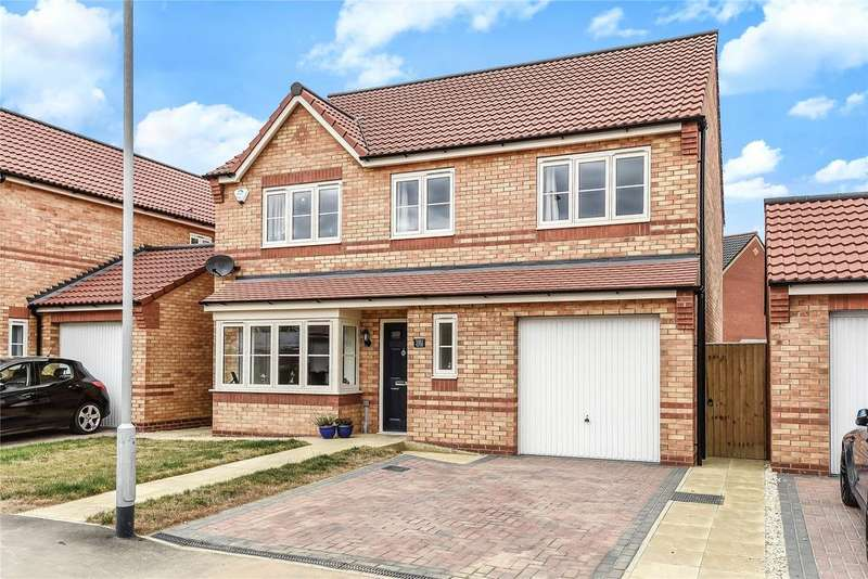 4 Bedrooms Detached House for sale in Finch Drive, Sleaford, NG34