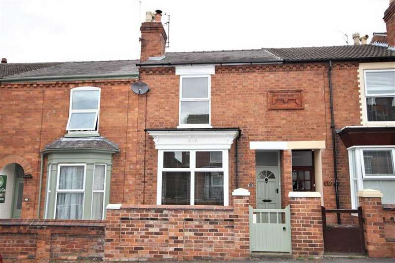 3 Bedrooms Terraced House for sale in York Avenue, Lincoln, Lincolnshire
